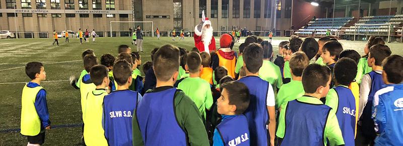 Papa Noel hizo las delicias de los equipos de F8 de la #FamiliaSilvista