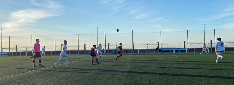 El Infantil B estrena con el pie cambiado ante Atlético Coruña Montañeros C (10-2)