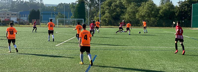 Remontada del Atlético Arteixo B ante un combinado de Juvenil A y B (4-3)